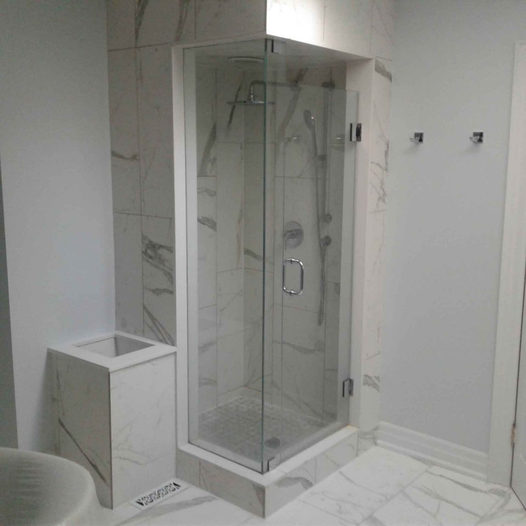 fully enclosed shower install lacking proper ventilation