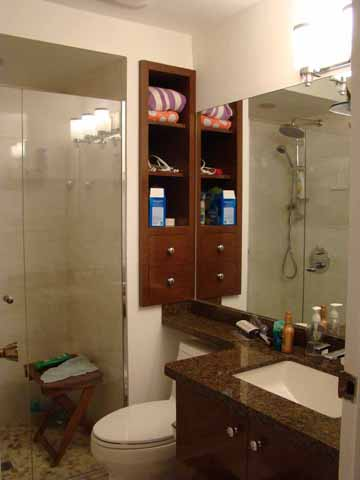 hall bathroom after remodelling